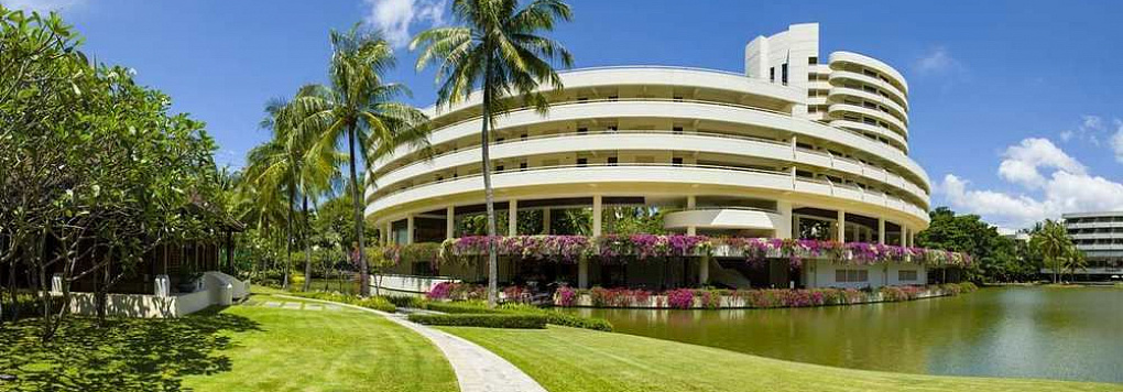 Отель HILTON PHUKET ARCADIA RESORT & SPA 5*