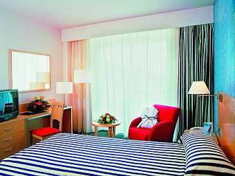 TRYP PORT CAMBRILS 4*